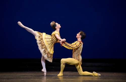 Tamara Rojo and Federico Bonelli in Birthday Offering. Photo Tristram Kenton, courtesy of ROH.