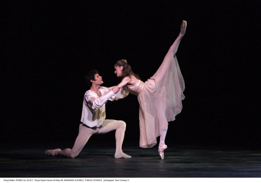 Romeo & Juliet - Photo Dee Conway, courtesy of ROH