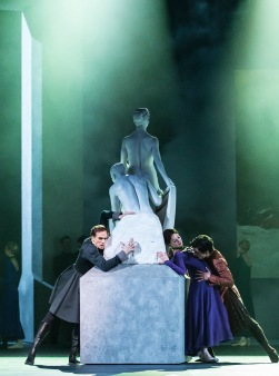 The Winter's Tale, acte I - Photography Johan Persson, courtesy of ROH