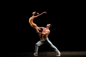 Yuan Yuan Tan and Damian Smith in Wheeldon's After The Rain. (© Erik Tomasson)