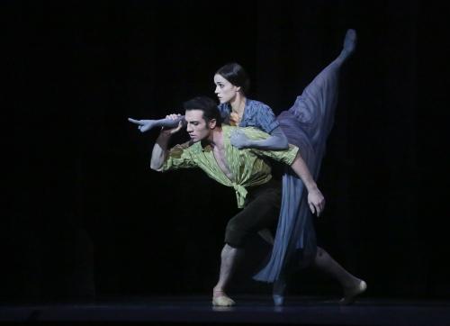 Les Mirages : Maria Gutierrez et Avetyk Karapetyan. Photo Francette Levieux. Courtesy of Théâtre du Capitole.
