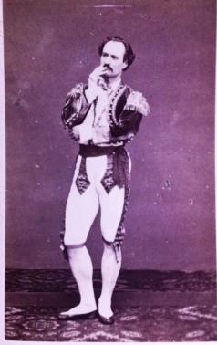 Hippolyte Mazilier, carte visite dédicacée de 1867. Le danseur aurait-il reconnu le ballet de son tonton dans la version Pierre Lacotte?