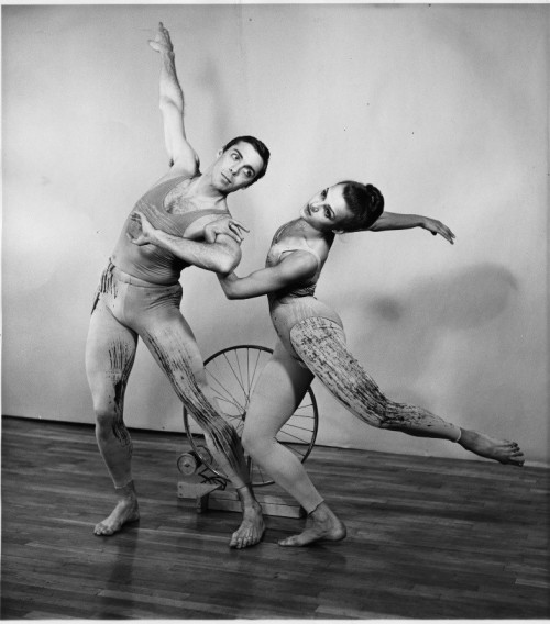 Paul Taylor et Elisabeth Walton dans Tracer. Courtesy of the Paul Taylor Archives