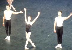 Agon. Deuxième pas de trois. Audric Bezard, Dorothée Gilbert et Florian Magnenet.