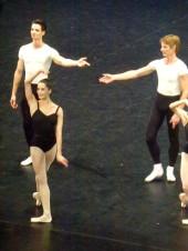 Pas de deux : Amandine Albisson et Karl Paquette (4 novembre). Florian Magnenet (Deuxième pas de trois)