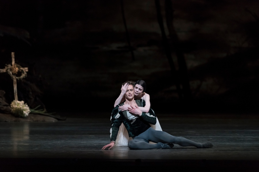 Natalia Osipova et Matthew Ball Act2 - Photo Bill Cooper, Courtesy of ROH