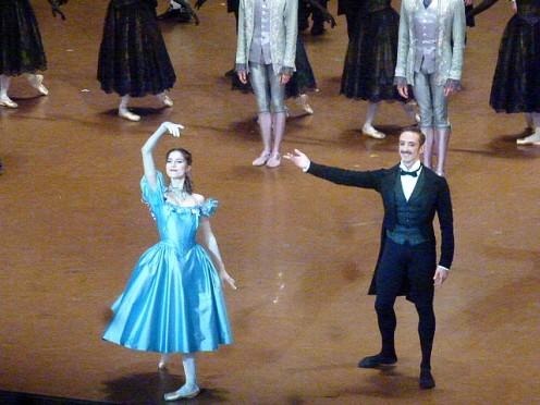 Héloïse Bourdon (Olympe) et Simon Valastro (Comte de N.)