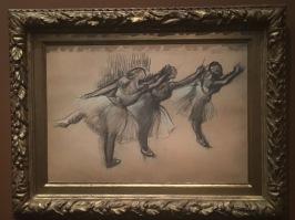 Trois danseuses. 1895-1900. Fusain, pastel sur papier calque. Collection particulière.